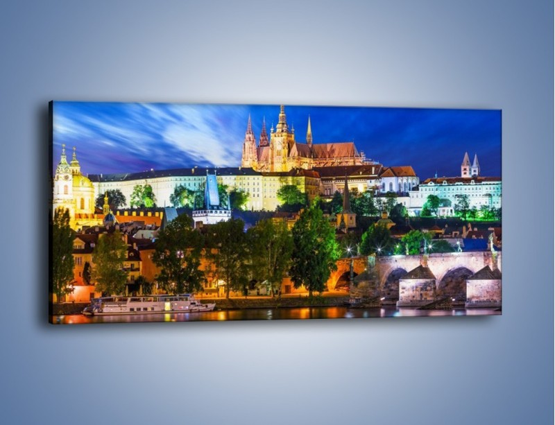 Obraz na płótnie – Czeska katedra nad rzeką Wełtawa – jednoczęściowy panoramiczny AM514