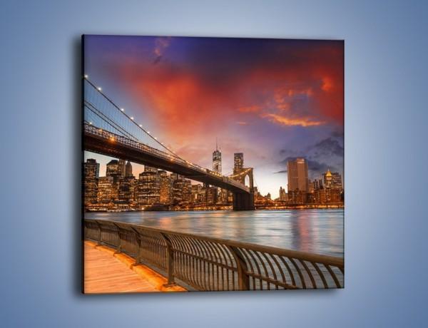 Obraz na płótnie – Zmierzch nad Mostem Brooklińskim – jednoczęściowy kwadratowy AM793