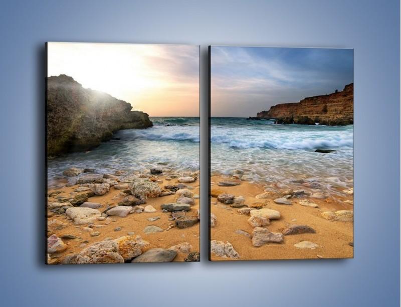 Obraz na płótnie – Kamienista plaża o poranku – dwuczęściowy prostokątny pionowy KN043