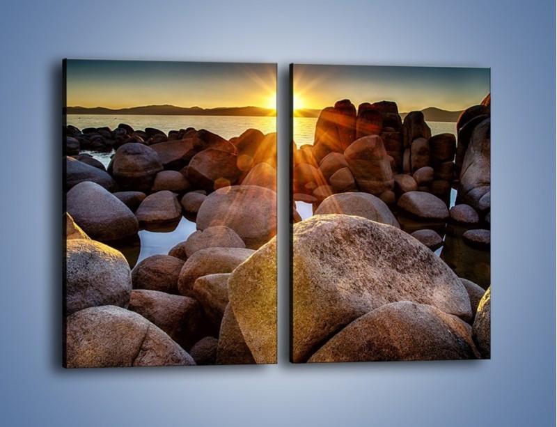 Obraz na płótnie – Kamienna wyspa w słońcu – dwuczęściowy prostokątny pionowy KN888