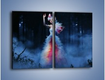 Obraz na płótnie – Biała księżniczka w ponurym lesie – dwuczęściowy prostokątny pionowy L102