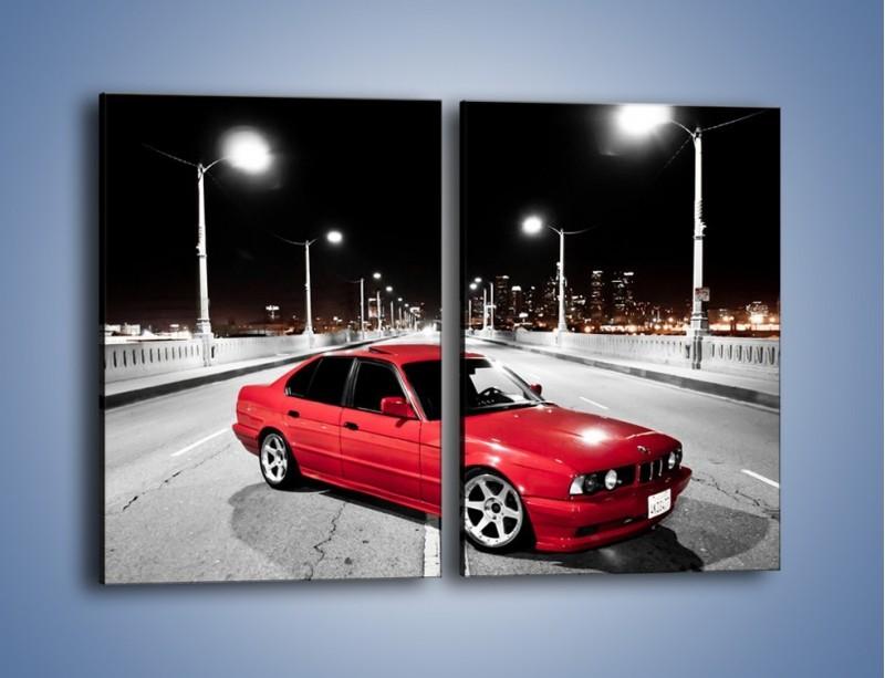 Obraz na płótnie – BMW 5 E34 na moście – dwuczęściowy prostokątny pionowy TM227