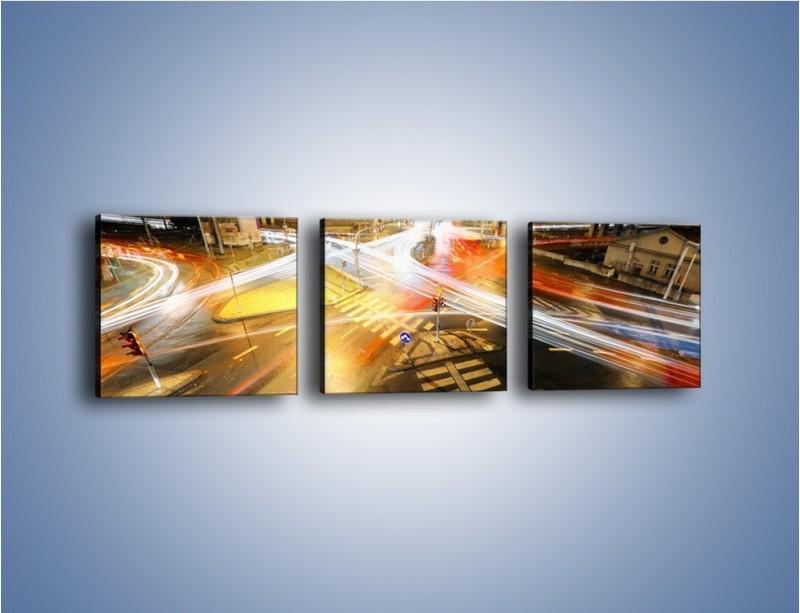 Obraz na płótnie – Światła samochodów w ruchu na skrzyżowaniu – trzyczęściowy AM279W1