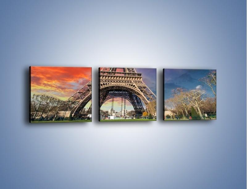 Obraz na płótnie – Wieża Eiffla pod niebiesko-czerwonym niebem – trzyczęściowy AM463W1