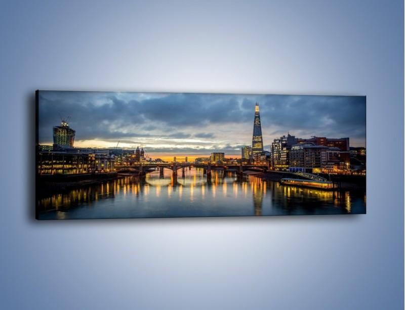 Obraz na płótnie – Millennium Bridge w Londynie – jednoczęściowy panoramiczny AM651