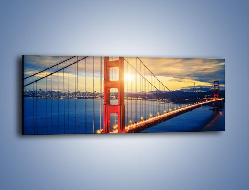 Obraz na płótnie – Zachód słońca nad Mostem Golden Gate – jednoczęściowy panoramiczny AM738