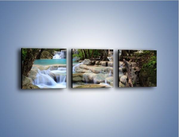 Obraz na płótnie – Kamienne schody i woda – trzyczęściowy KN867W1