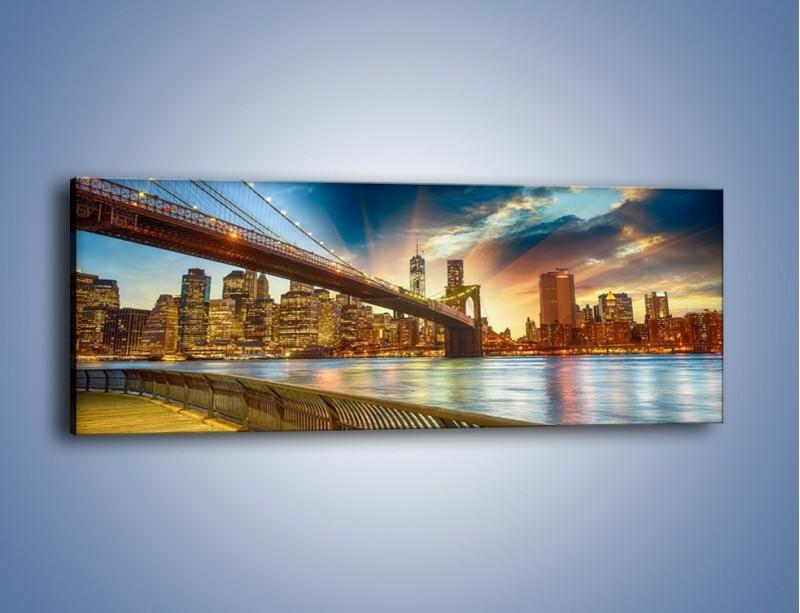 Obraz na płótnie – Most w Nowym Jorku o zmierzchu – jednoczęściowy panoramiczny AM754