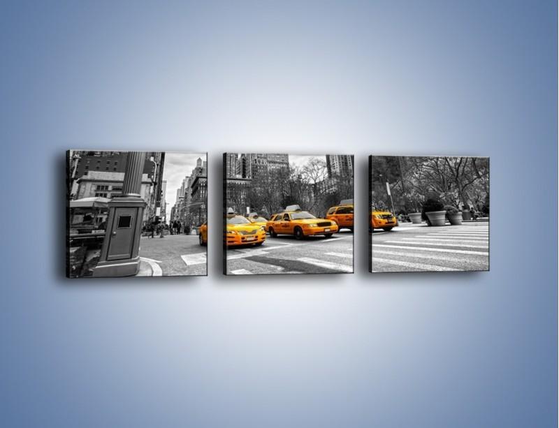 Obraz na płótnie – Żółte taksówki na szarym tle miasta – trzyczęściowy TM225W1