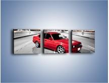 Obraz na płótnie – BMW 5 E34 na moście – trzyczęściowy TM227W1