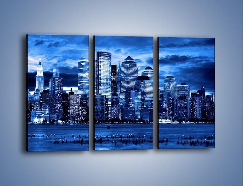 Obraz na płótnie – Wieżowce w odcieniach niebieskiego – trzyczęściowy AM017W2