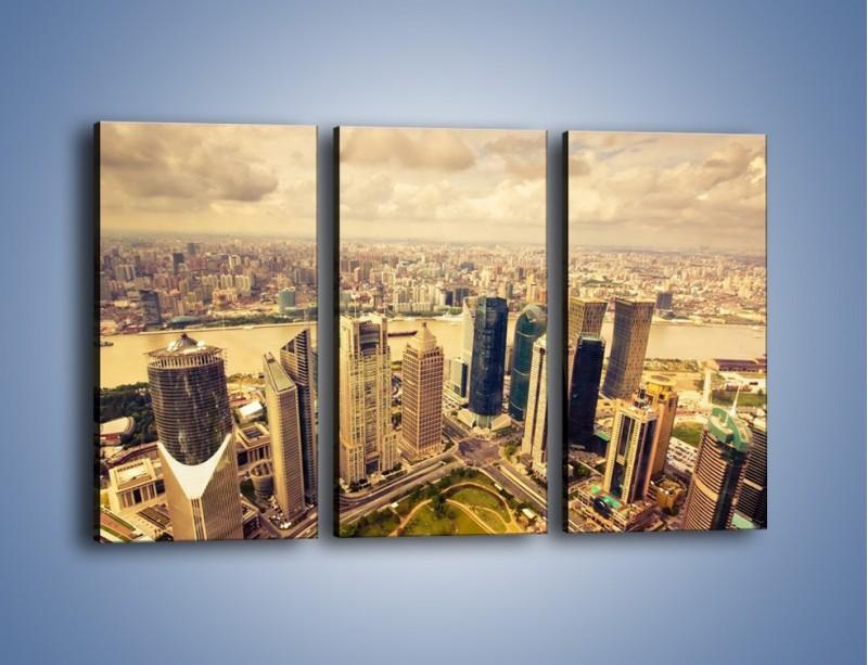 Obraz na płótnie – Miasto w pochmurny dzień – trzyczęściowy AM178W2