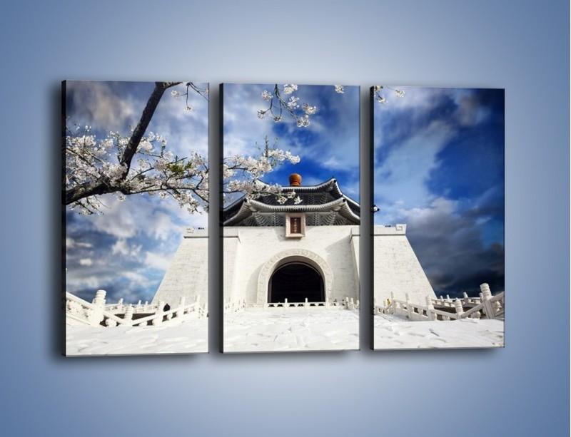 Obraz na płótnie – Azjatycka architektura z białymi kwiatami – trzyczęściowy AM300W2
