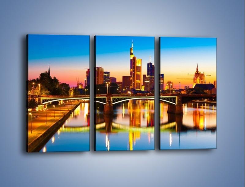Obraz na płótnie – Oświetlony most we Frankfurcie – trzyczęściowy AM416W2