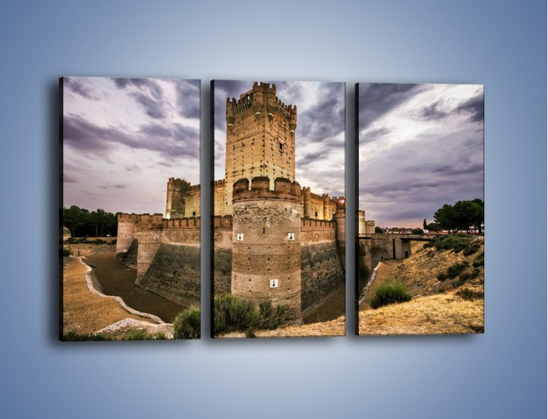 Obraz na płótnie – Zamek La Mota w Hiszpanii – trzyczęściowy AM457W2