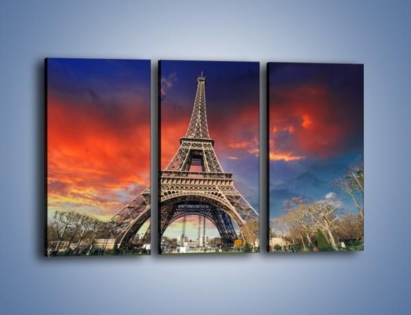 Obraz na płótnie – Wieża Eiffla pod niebiesko-czerwonym niebem – trzyczęściowy AM463W2