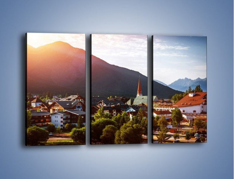 Obraz na płótnie – Austryjackie miasteczko u podnóży gór – trzyczęściowy AM496W2
