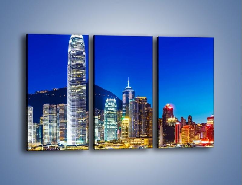 Obraz na płótnie – Oświetlone wieżowce Hong Kongu – trzyczęściowy AM498W2