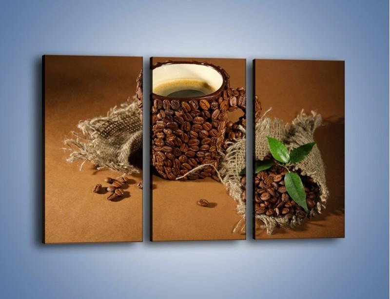 Obraz na płótnie – Kubek z ziarnami kawy – trzyczęściowy JN388W2