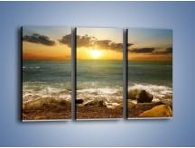 Obraz na płótnie – Brzegiem w stronę morza – trzyczęściowy KN1092AW2