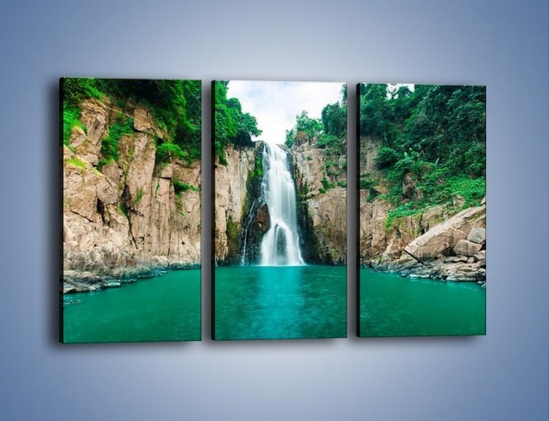 Obraz na płótnie – Skok ze skarpy do wody – trzyczęściowy KN1184AW2