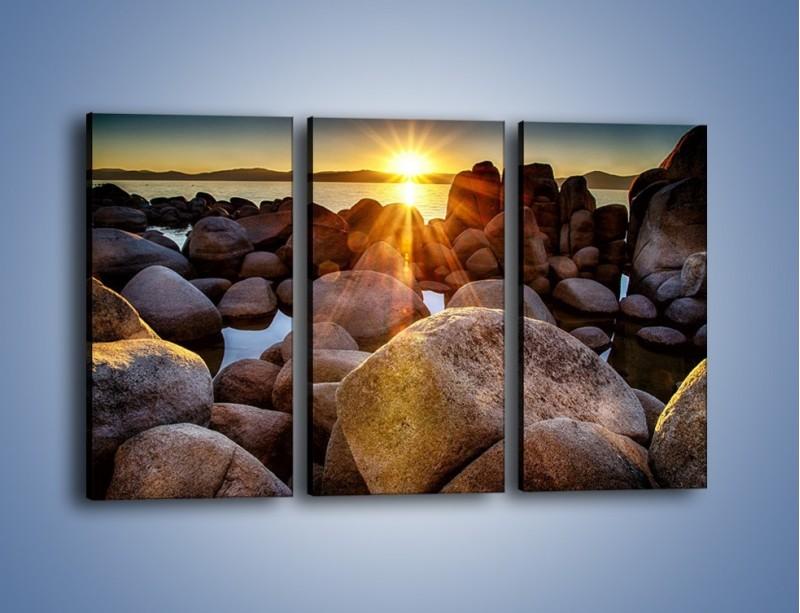 Obraz na płótnie – Kamienna wyspa w słońcu – trzyczęściowy KN888W2