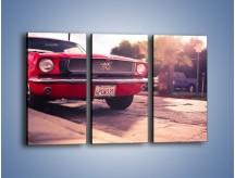 Obraz na płótnie – Czerwony Ford Mustang – trzyczęściowy TM087W2