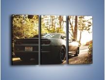 Obraz na płótnie – Chevrolet Camaro w matowym kolorze – trzyczęściowy TM132W2