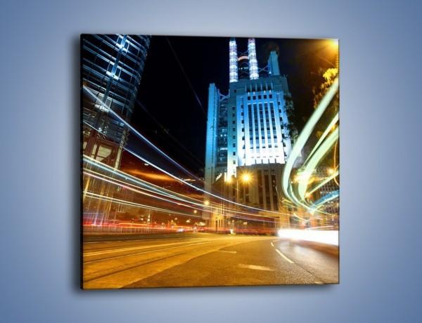 Obraz na płótnie – Światła w ruchu ulicznym – jednoczęściowy kwadratowy AM048