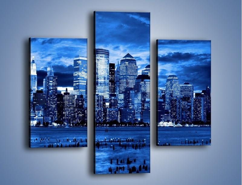 Obraz na płótnie – Wieżowce w odcieniach niebieskiego – trzyczęściowy AM017W3
