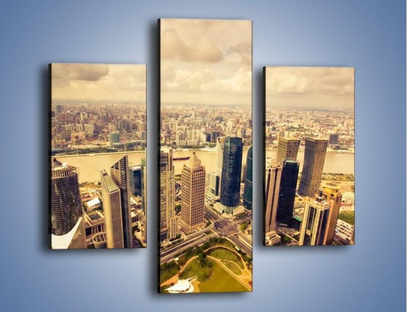 Obraz na płótnie – Miasto w pochmurny dzień – trzyczęściowy AM178W3