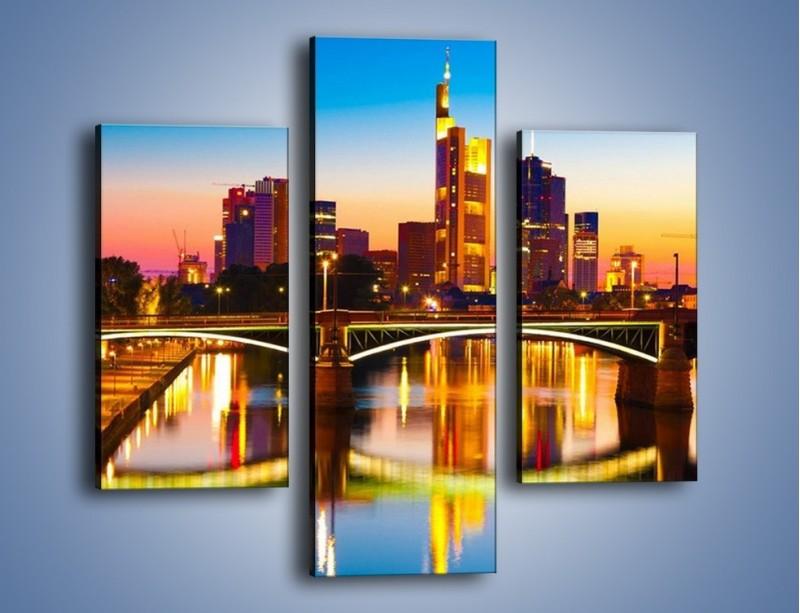 Obraz na płótnie – Oświetlony most we Frankfurcie – trzyczęściowy AM416W3
