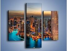 Obraz na płótnie – Centrum Dubaju wieczorową porą – trzyczęściowy AM656W3