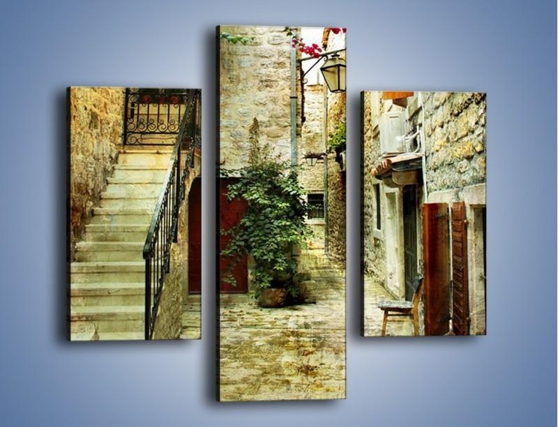 Obraz na płótnie – Dziedziniec w chorwackim miasteczku – trzyczęściowy AM733W3