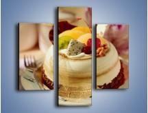 Obraz na płótnie – Bezowy torcik owocowy – trzyczęściowy JN256W3