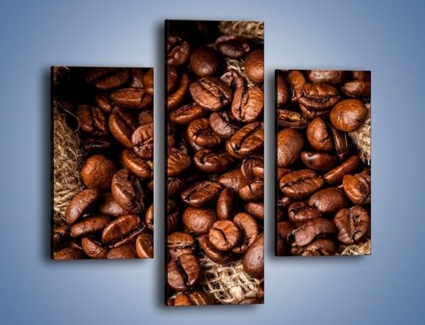 Obraz na płótnie – Ziarna kawy schowane w ciemnym worku – trzyczęściowy JN660W3
