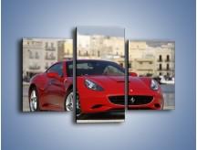Obraz na płótnie – Czerwone Ferrari California – trzyczęściowy TM057W3