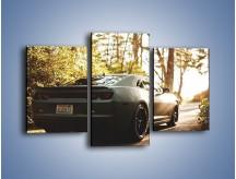 Obraz na płótnie – Chevrolet Camaro w matowym kolorze – trzyczęściowy TM132W3