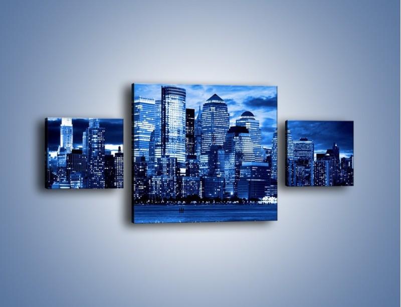 Obraz na płótnie – Wieżowce w odcieniach niebieskiego – trzyczęściowy AM017W4