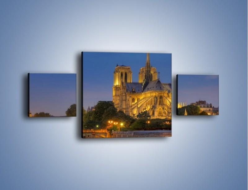 Obraz na płótnie – Kościół w świetle wieczornych lamp – trzyczęściowy AM170W4