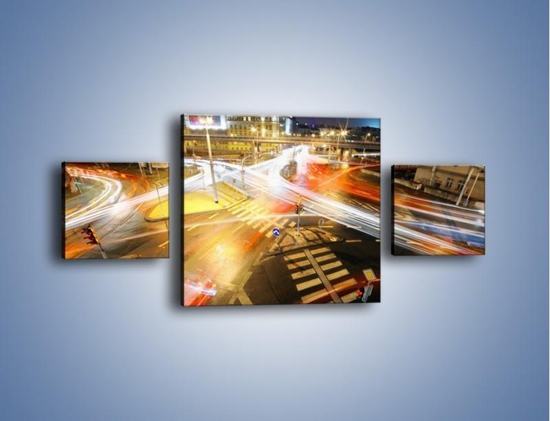 Obraz na płótnie – Światła samochodów w ruchu na skrzyżowaniu – trzyczęściowy AM279W4