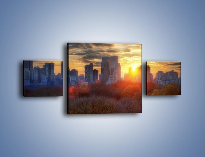 Obraz na płótnie – Wschód słońca nad miastem – trzyczęściowy AM318W4