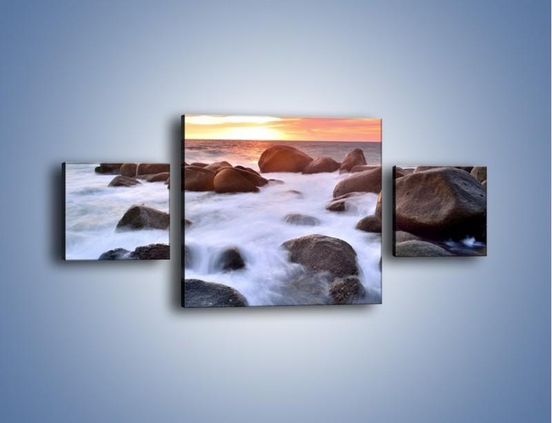 Obraz na płótnie – Kamienie zatopione w morzu – trzyczęściowy KN930W4