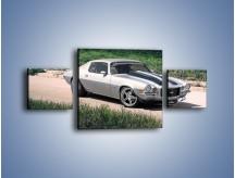 Obraz na płótnie – Chevrolet Camaro 1981 – trzyczęściowy TM105W4