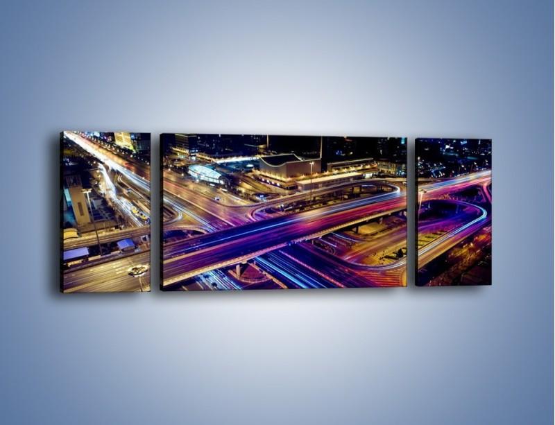 Obraz na płótnie – Skrzyżowanie autostrad nocą w ruchu – trzyczęściowy AM087W5