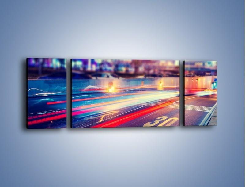 Obraz na płótnie – Ulica w ruchu świateł samochodowych – trzyczęściowy AM482W5