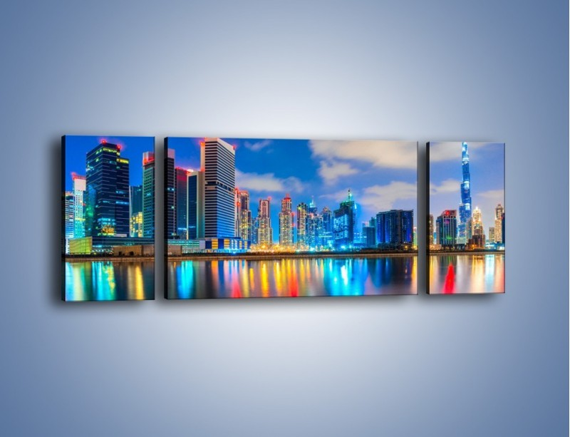Obraz na płótnie – Kolory Dubaju odbite w wodzie – trzyczęściowy AM740W5