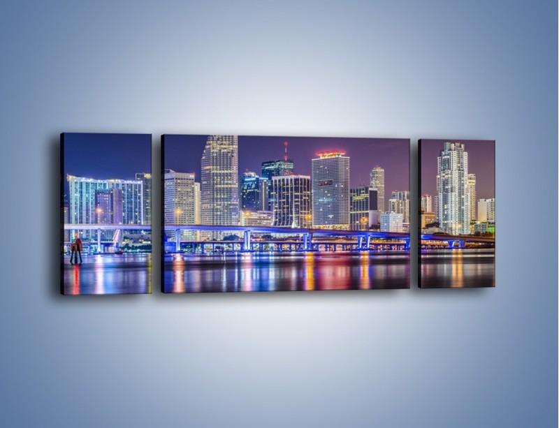 Obraz na płótnie – Światla Miami w odbiciu wód Biscayne Bay – trzyczęściowy AM813W5
