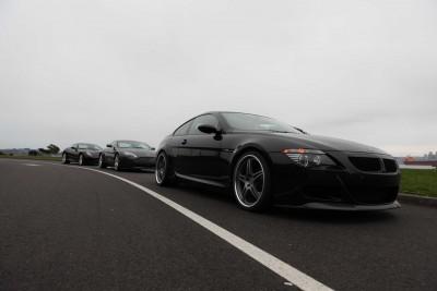 Luksusowe samochody na drodze - TM179