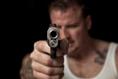Męski świat pełen przemocy - L106